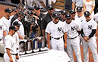 Yankees with 3000 sculpture
